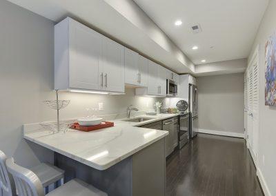 Main Level-Kitchen-_DSC3396